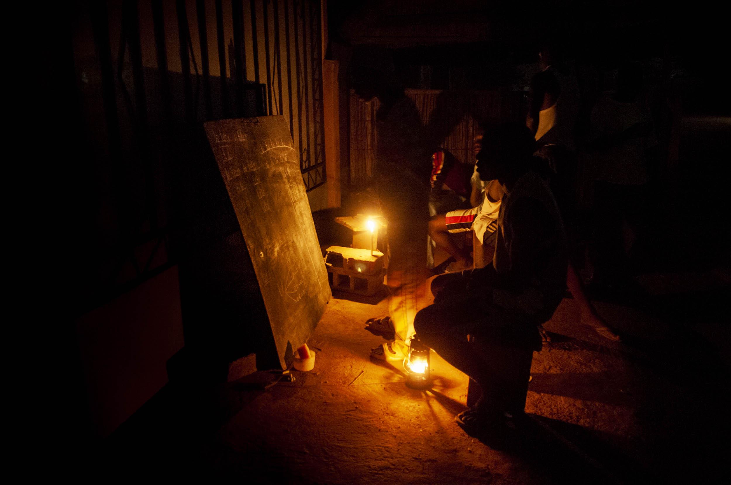 Maestro nocturno, Burkina Faso - Ethnoland - Hector Garrido, Aerial and human photography