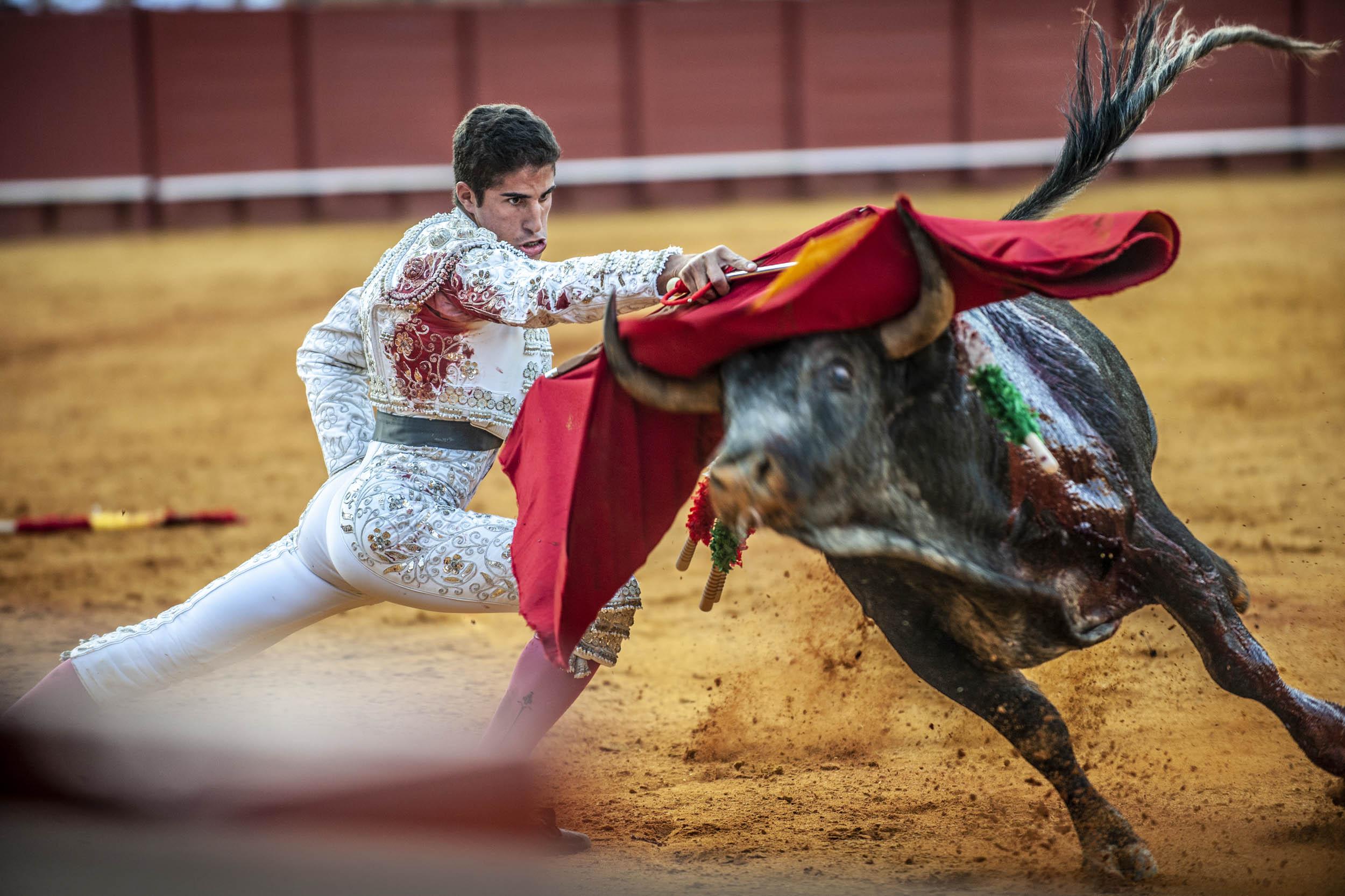 Desigual - Ethnoland - Hector Garrido, Aerial and human photography