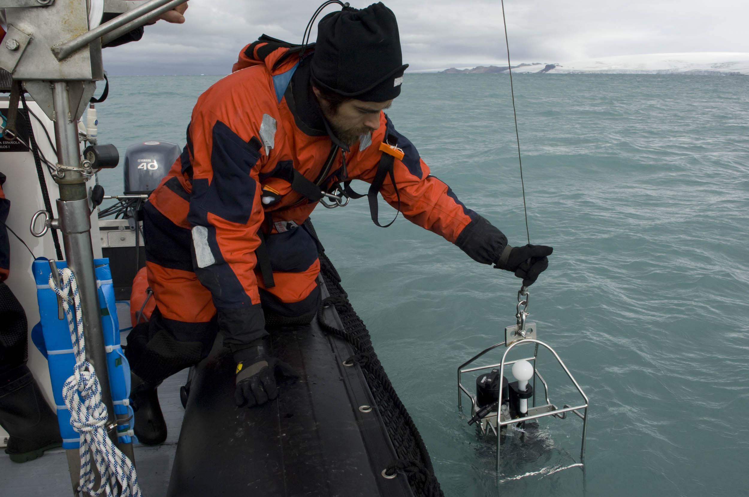 Muestreo, Antártida - Gaia - Hector Garrido, Aerial and human photography
