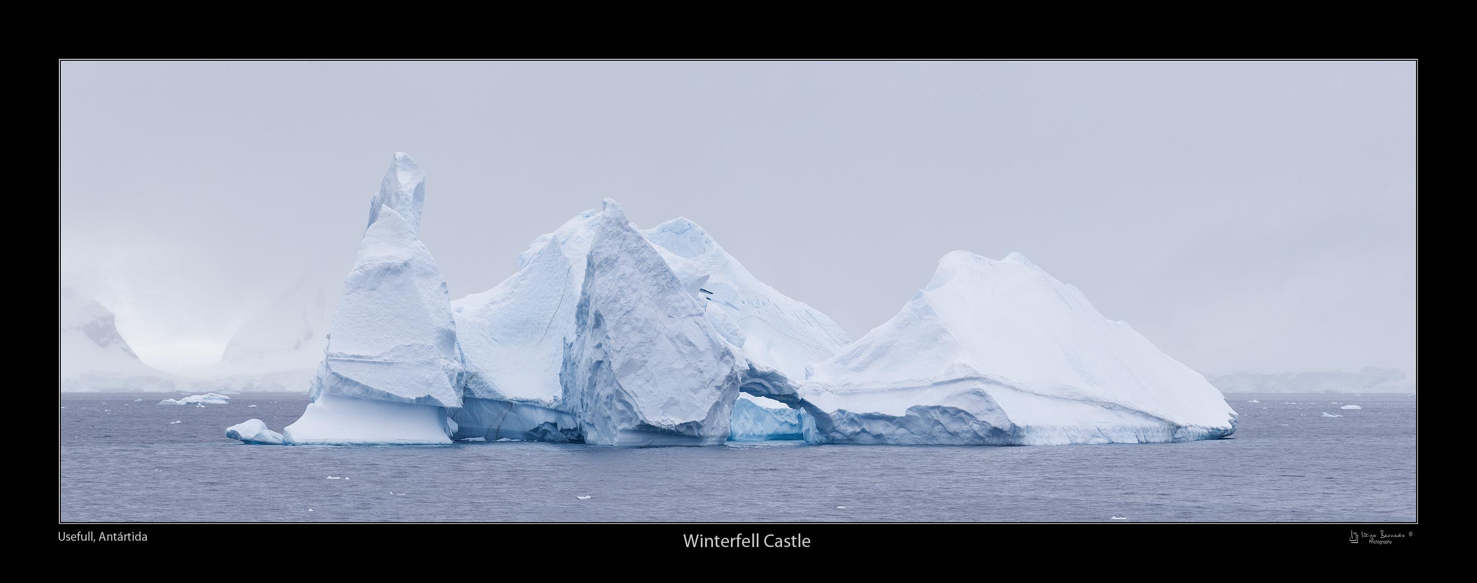 Usefull, Castillo de Hielo - Antártida - Iñigo Bernedo, Fotografía