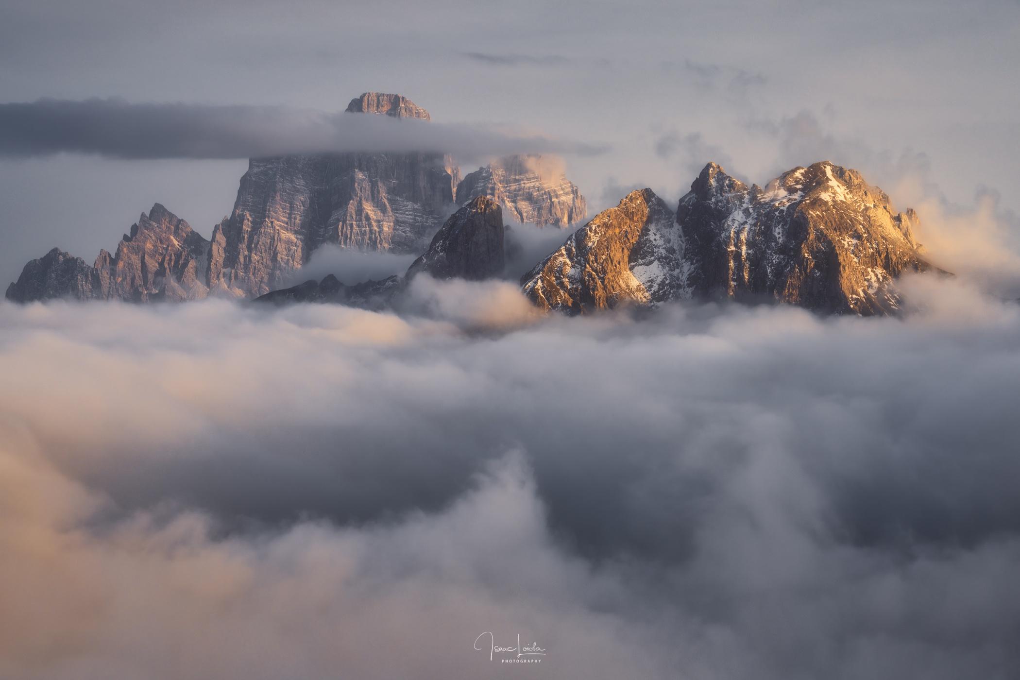 Monte Pelmo y Civetta - Mountain lights - Isaac Loiola, Photography