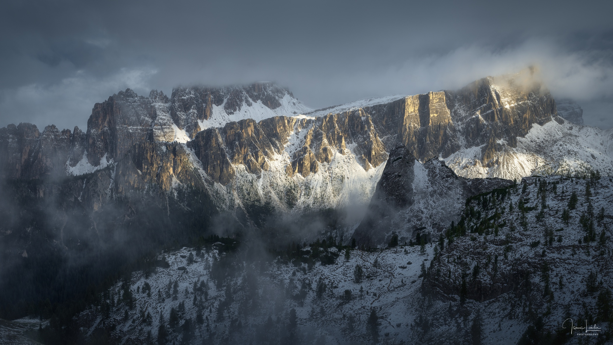 Croda da Lago y Lastoi di Formin - Mountain lights - Isaac Loiola, Photography