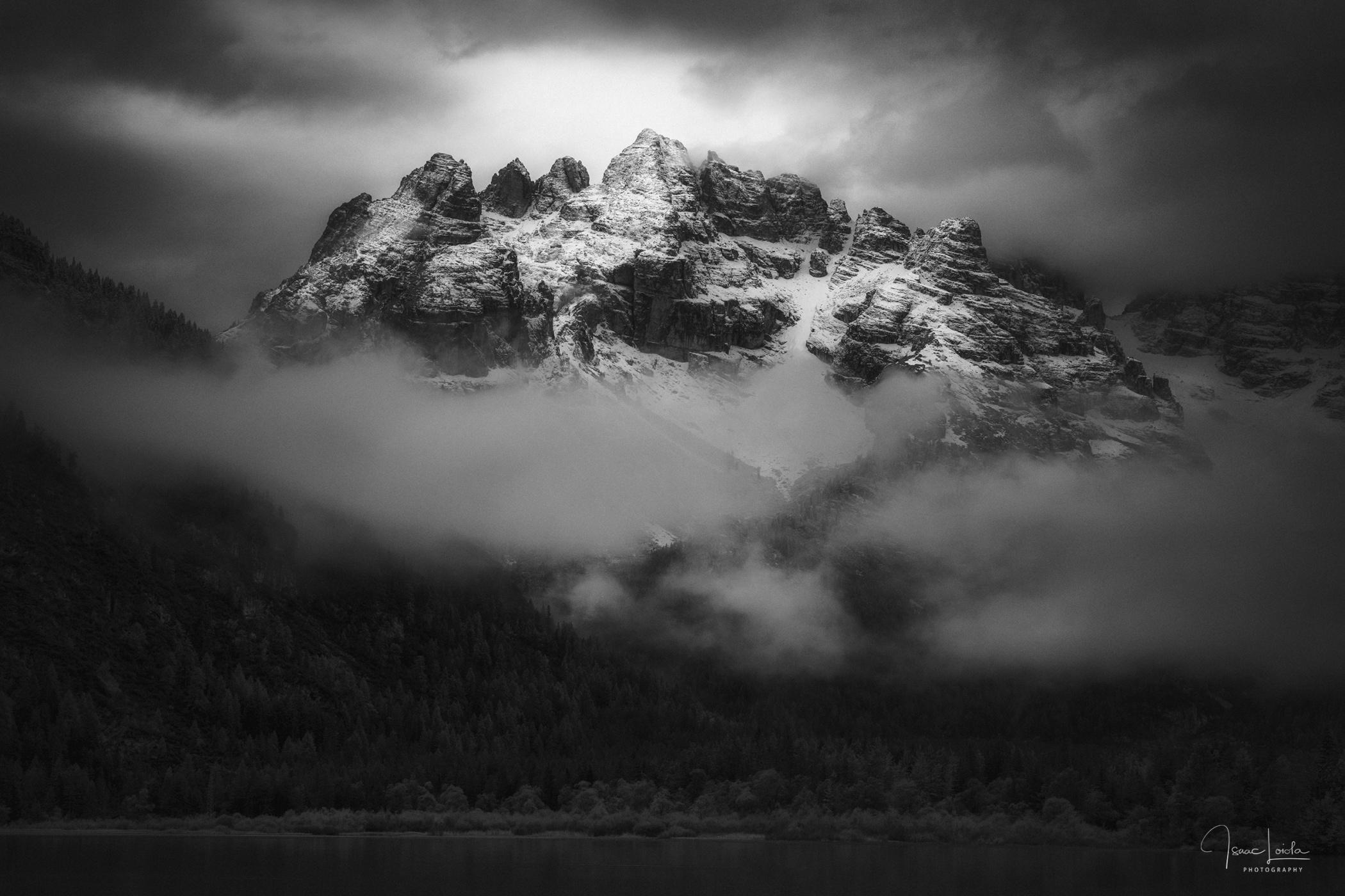 Lago di Landro - Monochromo - Isaac Loiola, Photography