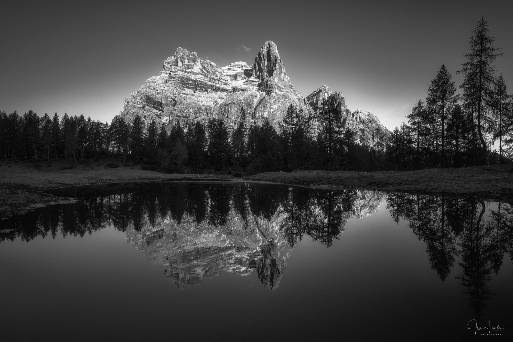 Monte Pelmo - Monochromo - Isaac Loiola, Photography