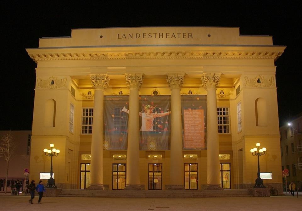 Teatro Estatal de Innsbruck - Imágenes - Fernando Lázaro, Compositor y Pianista