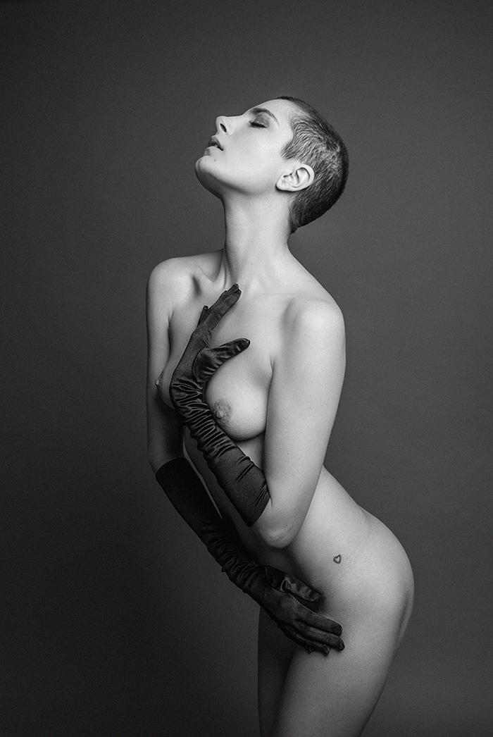 Roarie yum - Acceso gratuito - Desnudo, semidesnudo y boudoir. Fotografía por Javier Cuevas