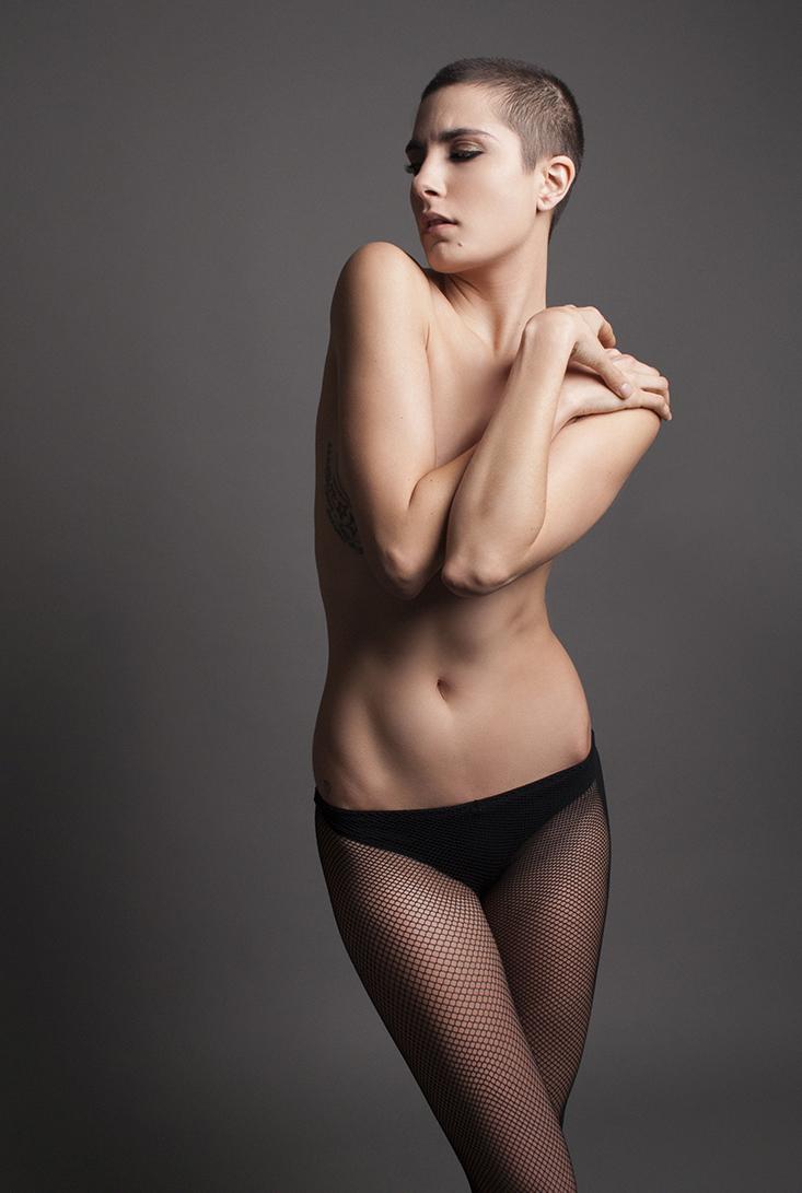Roarie - Acceso gratuito - Desnudo, semidesnudo y boudoir. Fotografía por Javier Cuevas