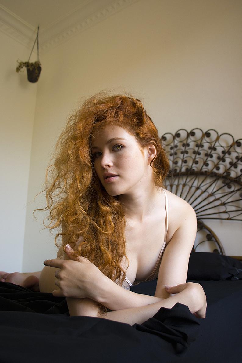 Heidi Romanova - Acceso gratuito - Desnudo, semidesnudo y boudoir. Fotografía por Javier Cuevas
