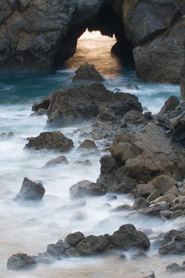 Gaztelugatxe, costa vasca - una costa - JESUS RODRIGUEZ, FOTOGRAFIA DE NATURALEZA