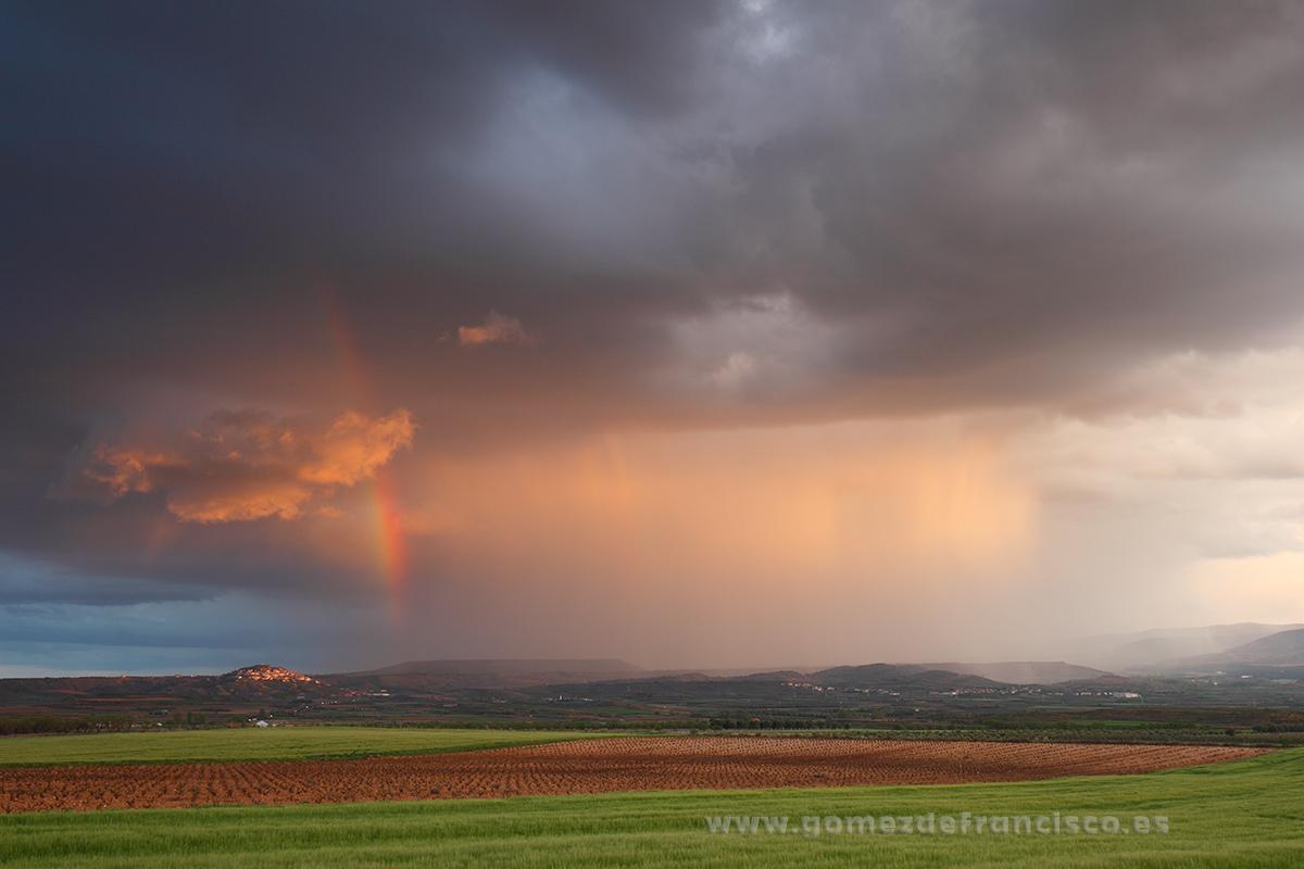 Tormenta en Ausejo (La Rioja) - La Rioja - J L Gómez de Francisco. Fotografía de paisaje de La Rioja - Landscapes from La Rioja