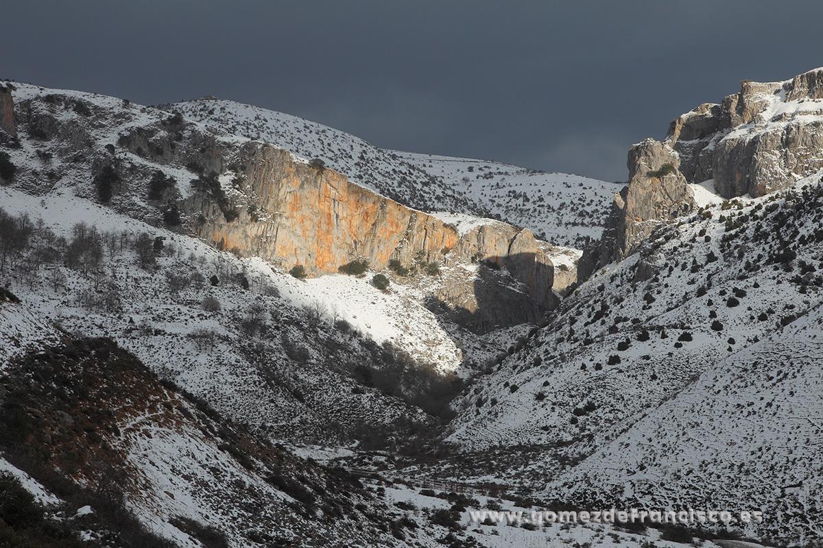 Peña Escalera, Brieva de Cameros (La Rioja) - La Rioja - J L Gómez de Francisco. Fotografía de paisaje de La Rioja - Landscapes from La Rioja