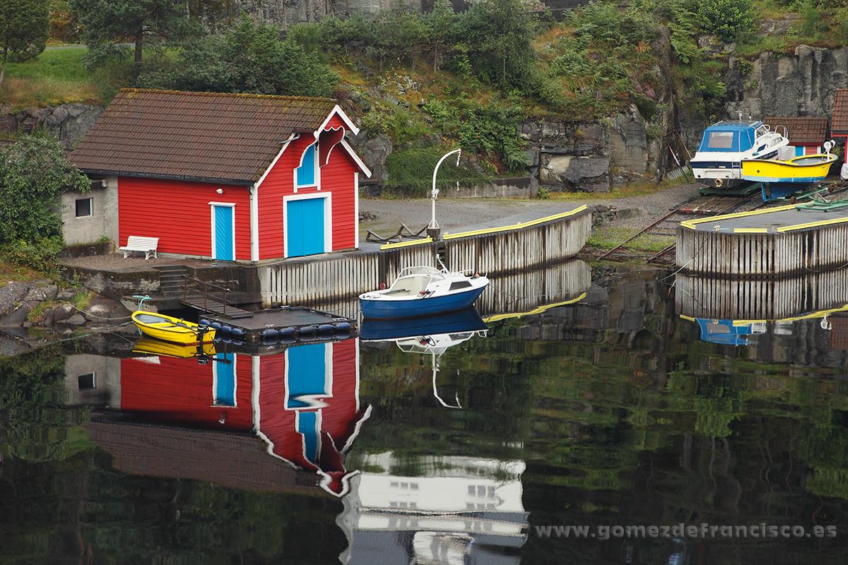 Risnes, Fensfjorden, Noruega - Escandinavia - J L Gómez de Francisco. Fotografía de paisaje de Escandinavia - Landscapes from Scandinavia