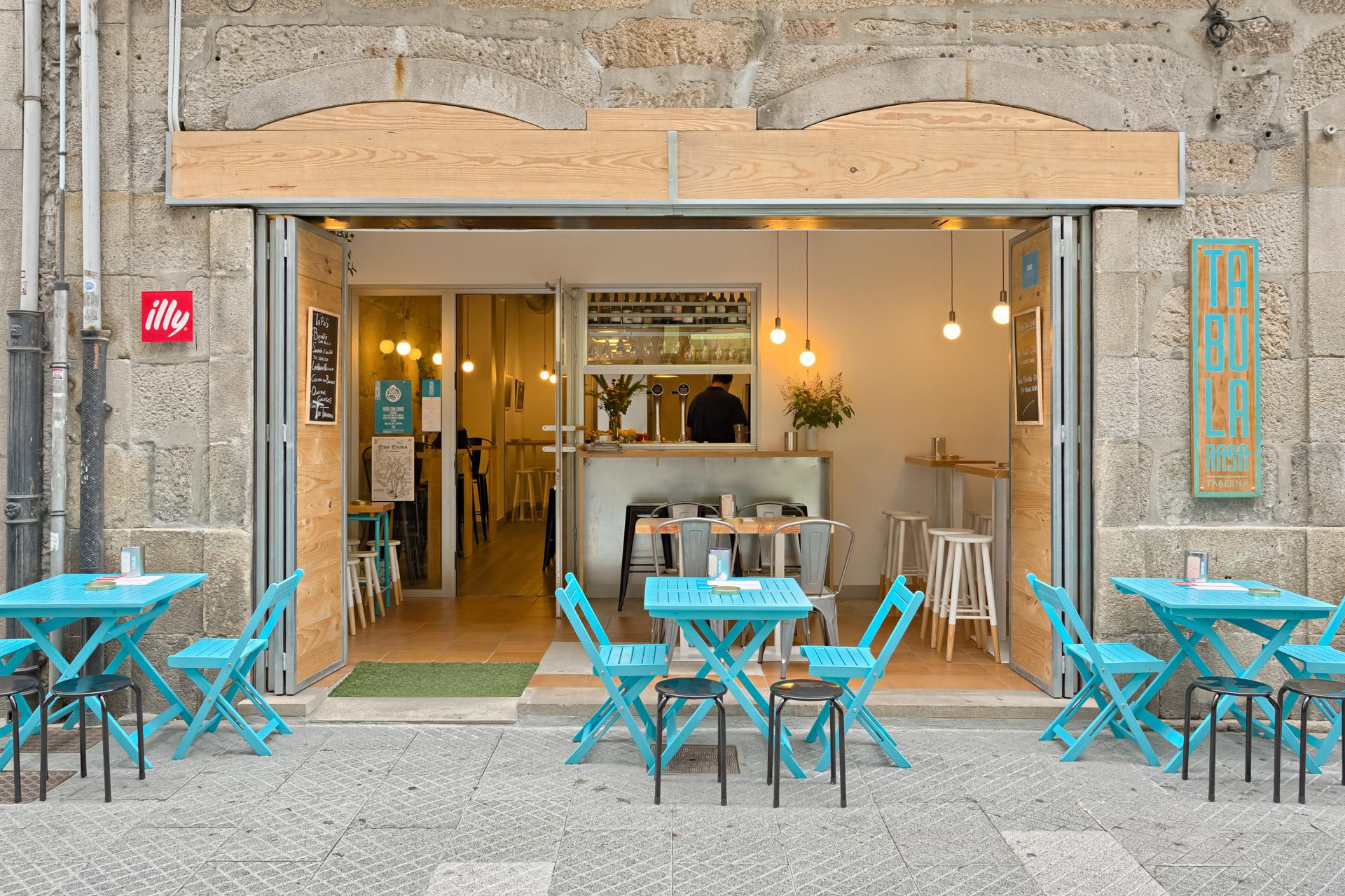 Taberna Tabula Rasa | SPA Planeamento - Tabula Rasa tavern | SPA Planeamento - Tabula Rasa tavern | Jose Chas | Architecture photography