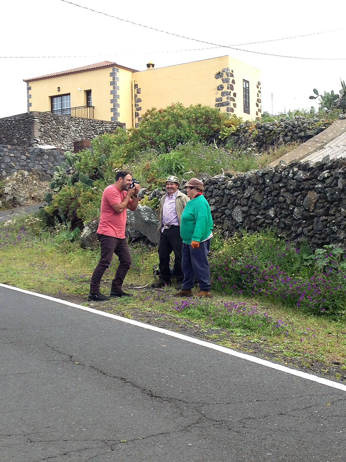 El Hierro. Enrique & Pilar. Autorretrato - Behind the lens - JOSE V. GLEZ