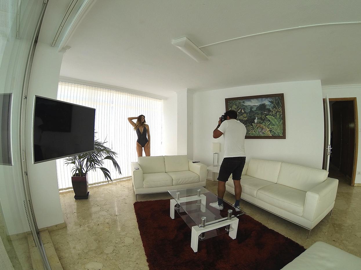 Jennifer Norris. Tenerife. Autorretrato - Behind the lens - JOSE V. GLEZ
