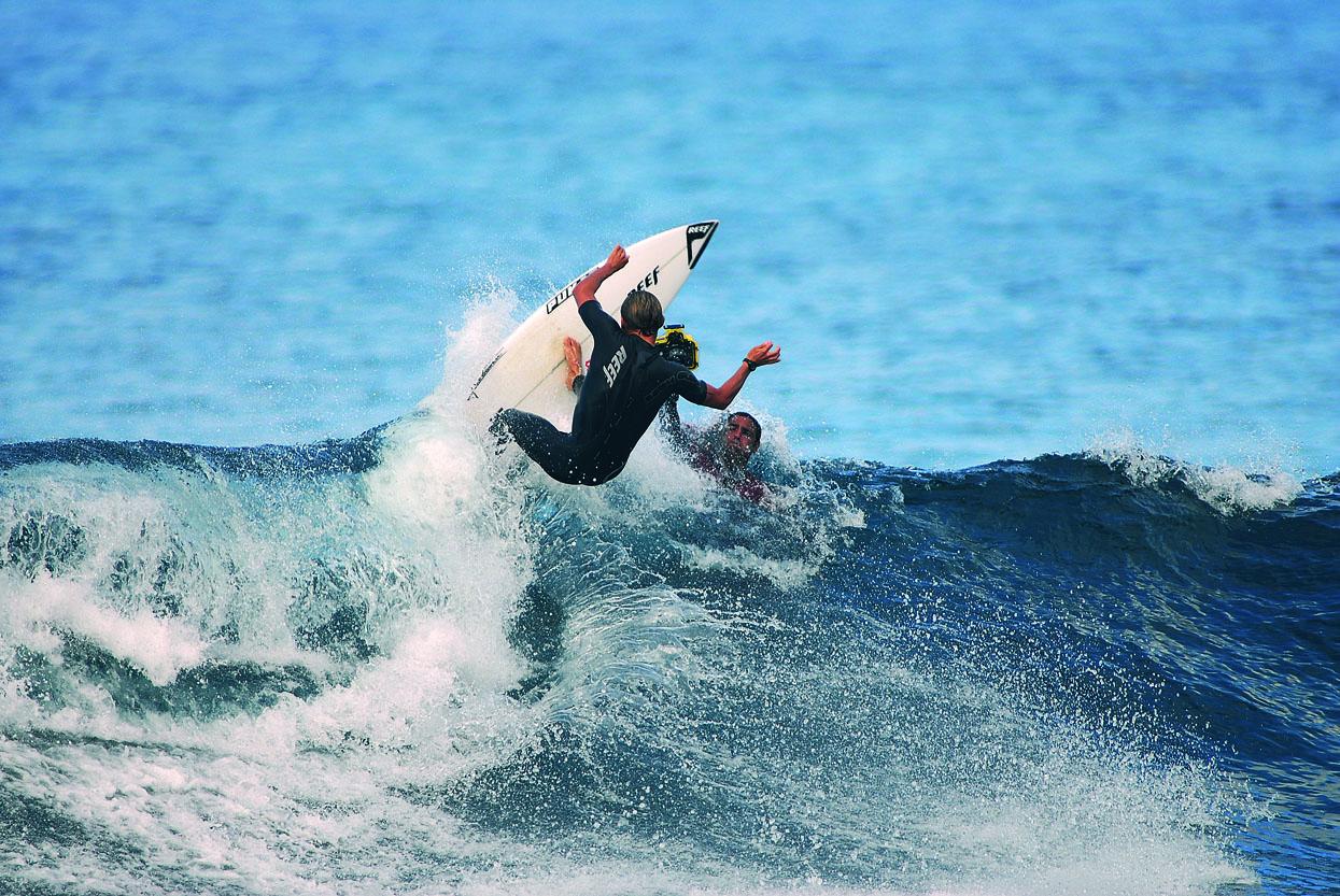 Kepa Acero. Molokai. Gran Canaria. Foto _ MAGT / Radical Surf Mag - Behind the lens - JOSE V. GLEZ