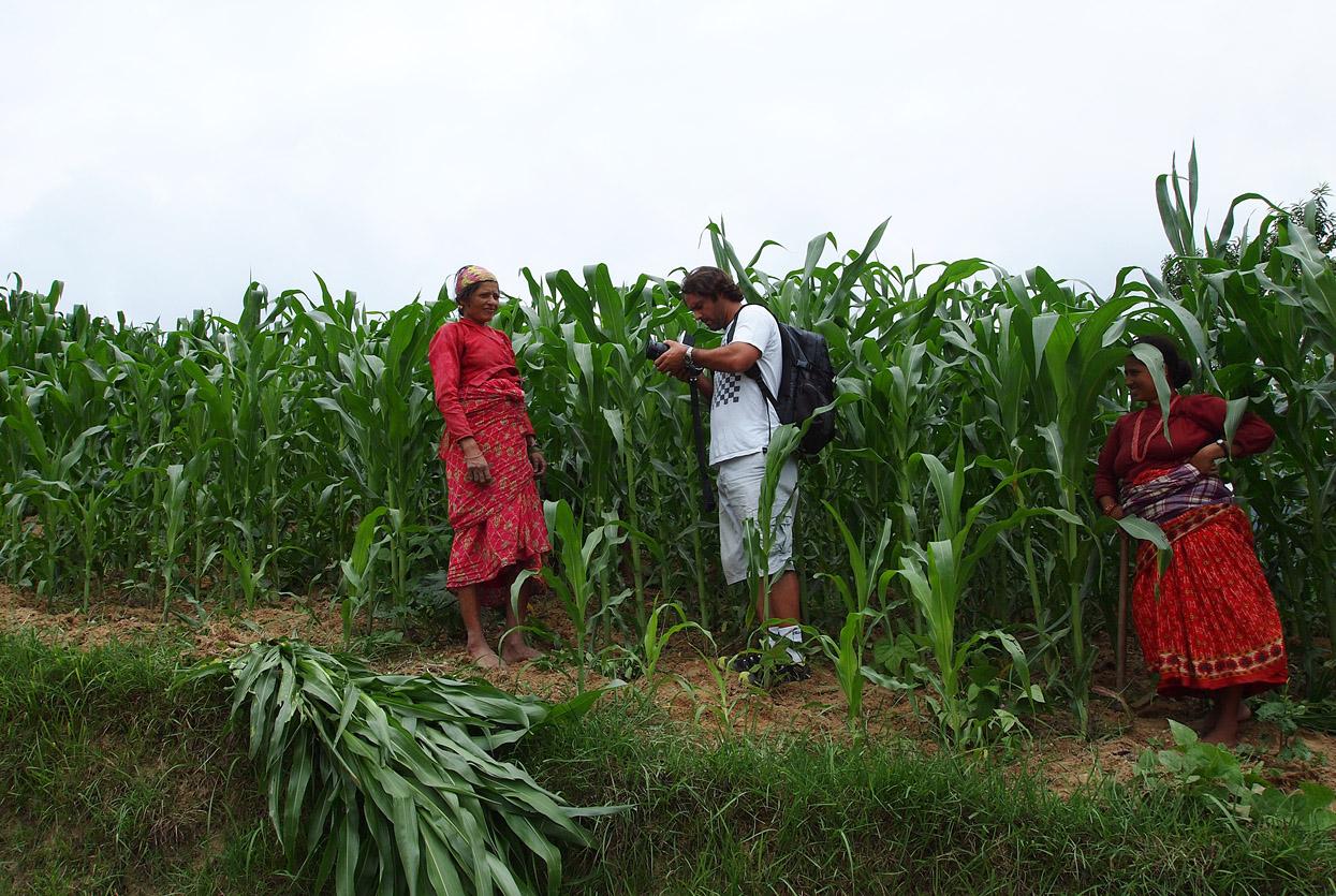 Agricultoras. Patan. Nepal. Foto _ Mery Barrios - Behind the lens - JOSE V. GLEZ