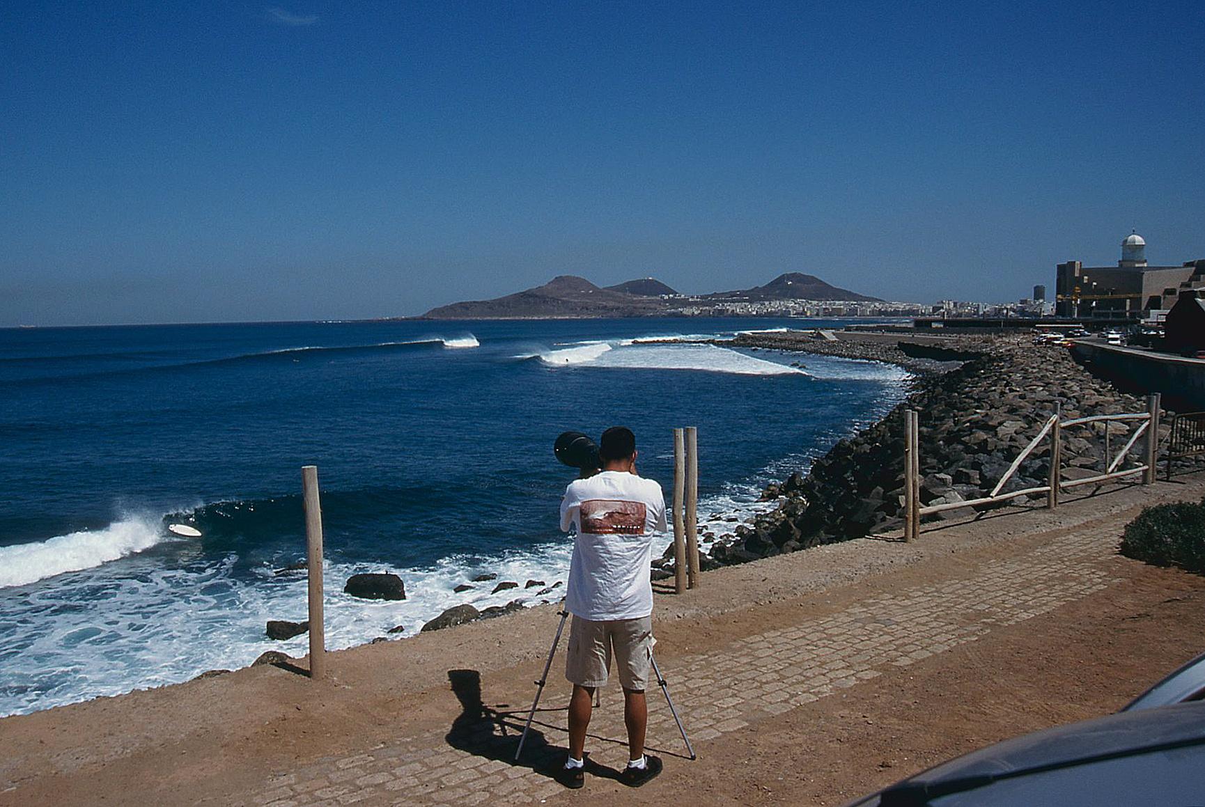 El Lloret. Gran Canaria. Foto _ MAGT / Radical Surf Mag - Behind the lens - JOSE V. GLEZ
