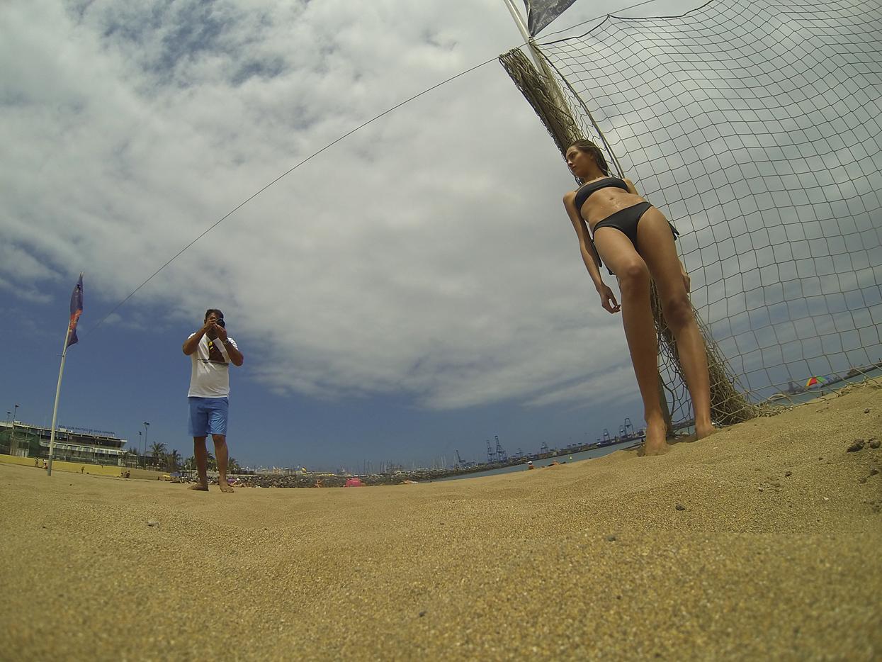 Marta Guerrero. Gran Canaria. Autorretrato - Behind the lens - JOSE V. GLEZ