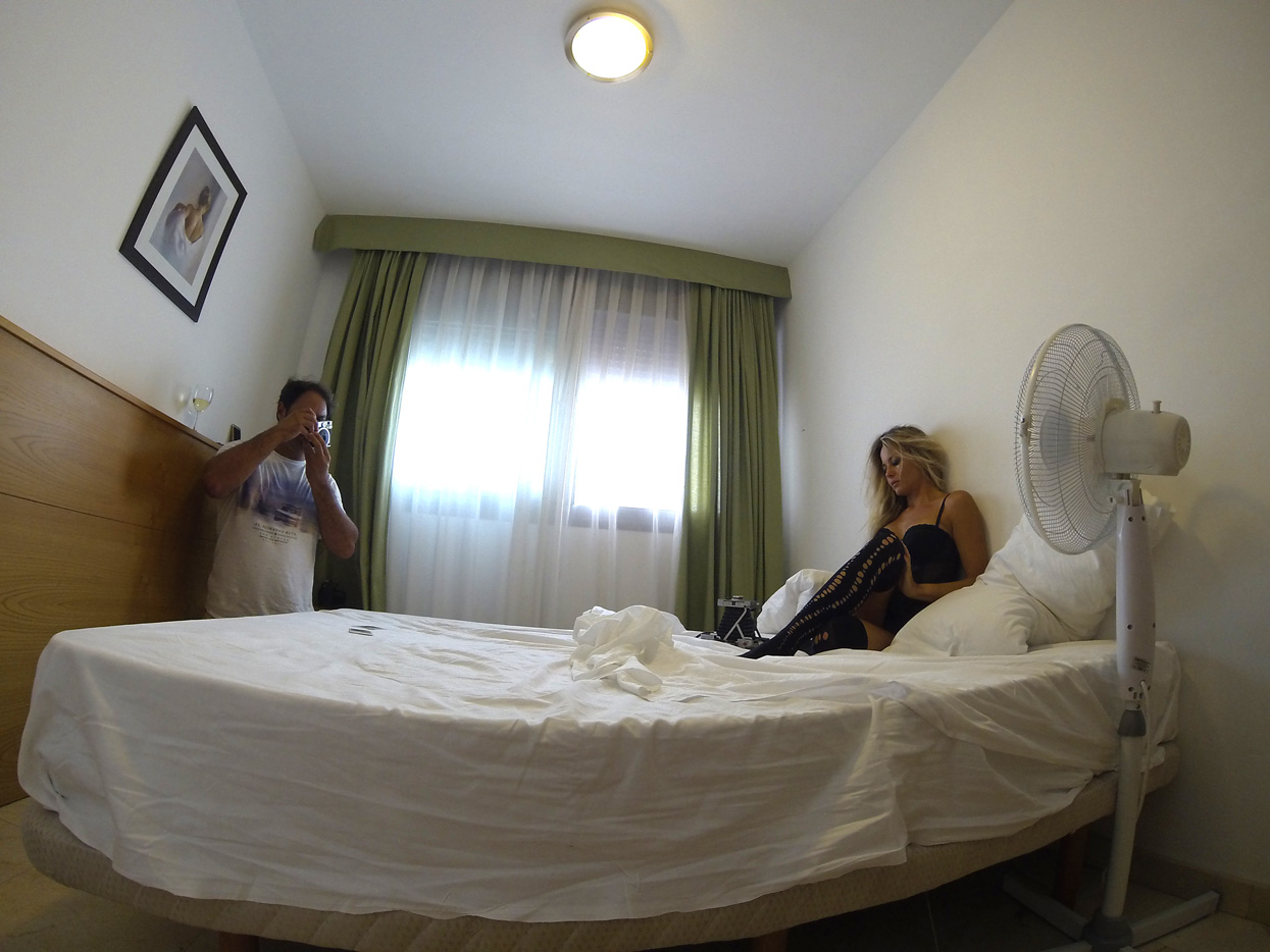 Gina Santos. Fuerteventura. Autorretrato - Behind the lens - JOSE V. GLEZ