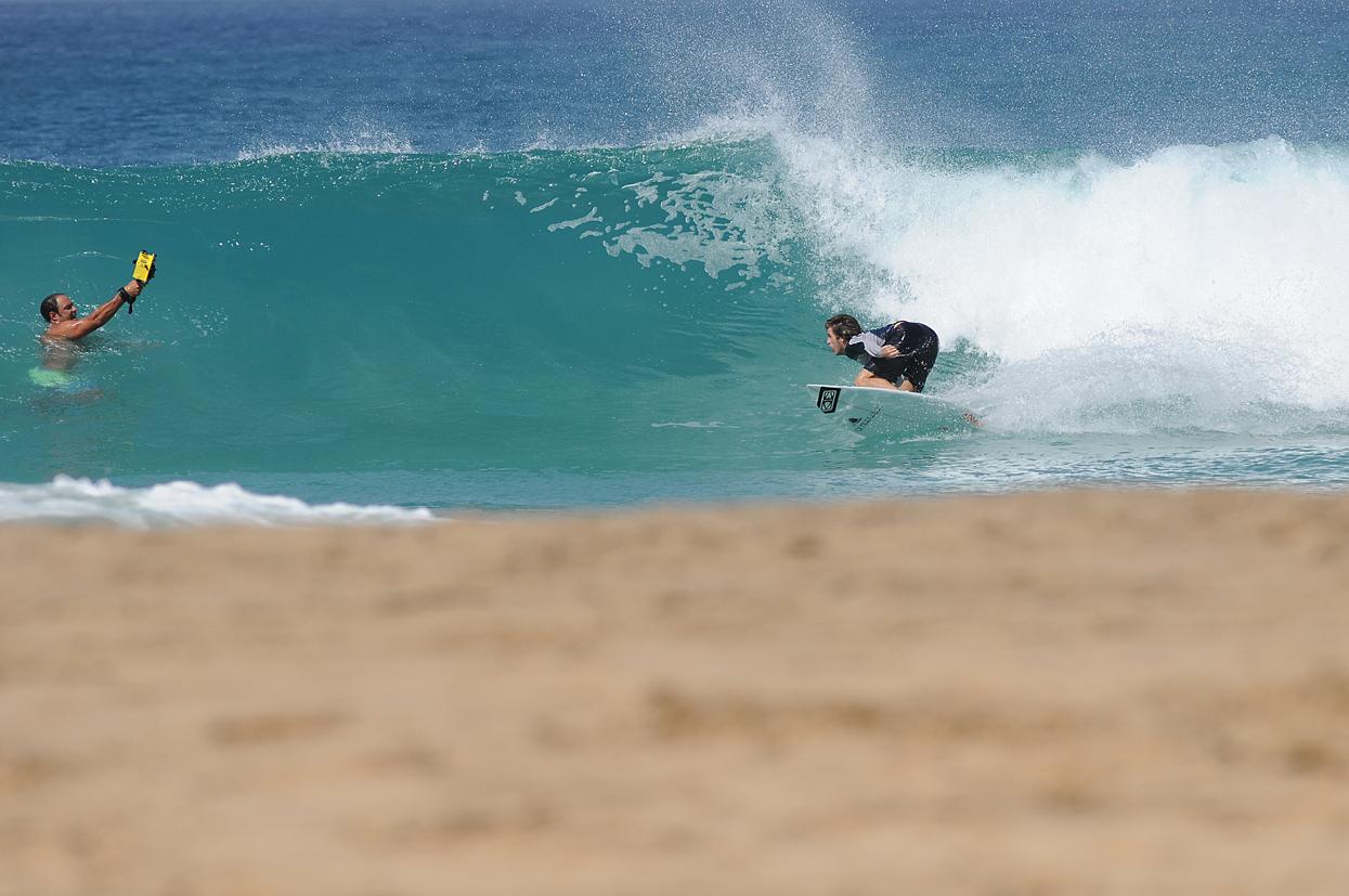 Javier Ascanio. Fuerteventura. Foto _ MAGT / Radical Surf Mag - Behind the lens - JOSE V. GLEZ
