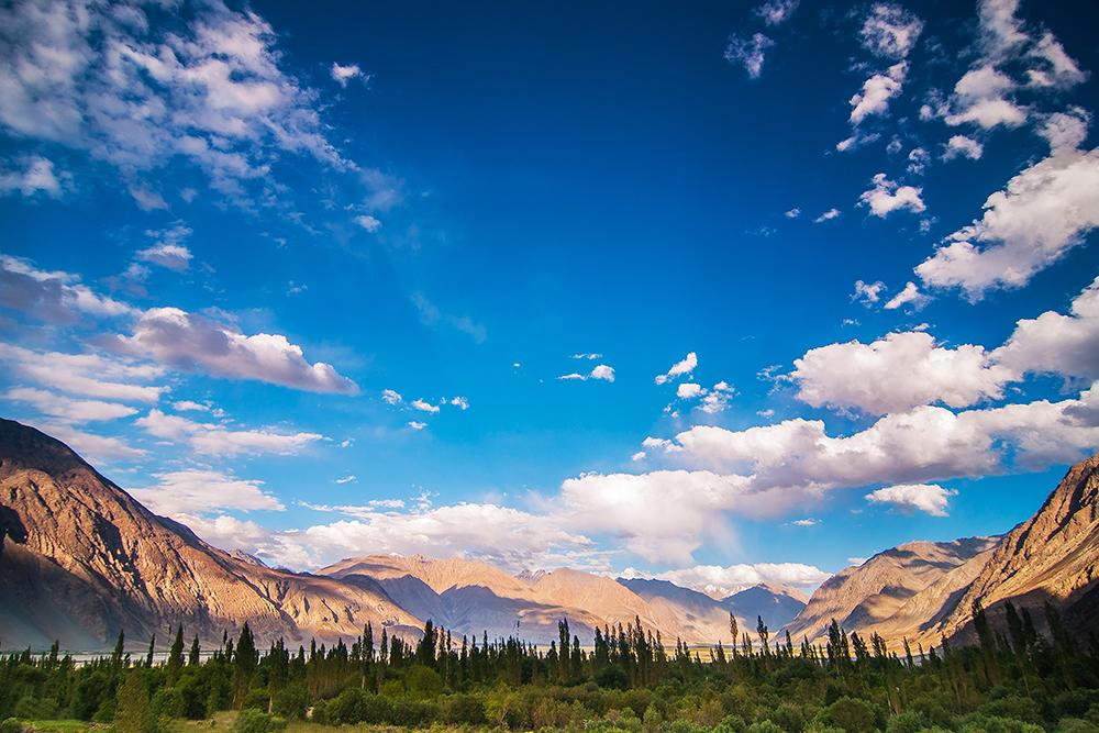 Valle de Nubra, Himalaya de India - Luces de montaña - juanjo sierra, nature & travel photographer