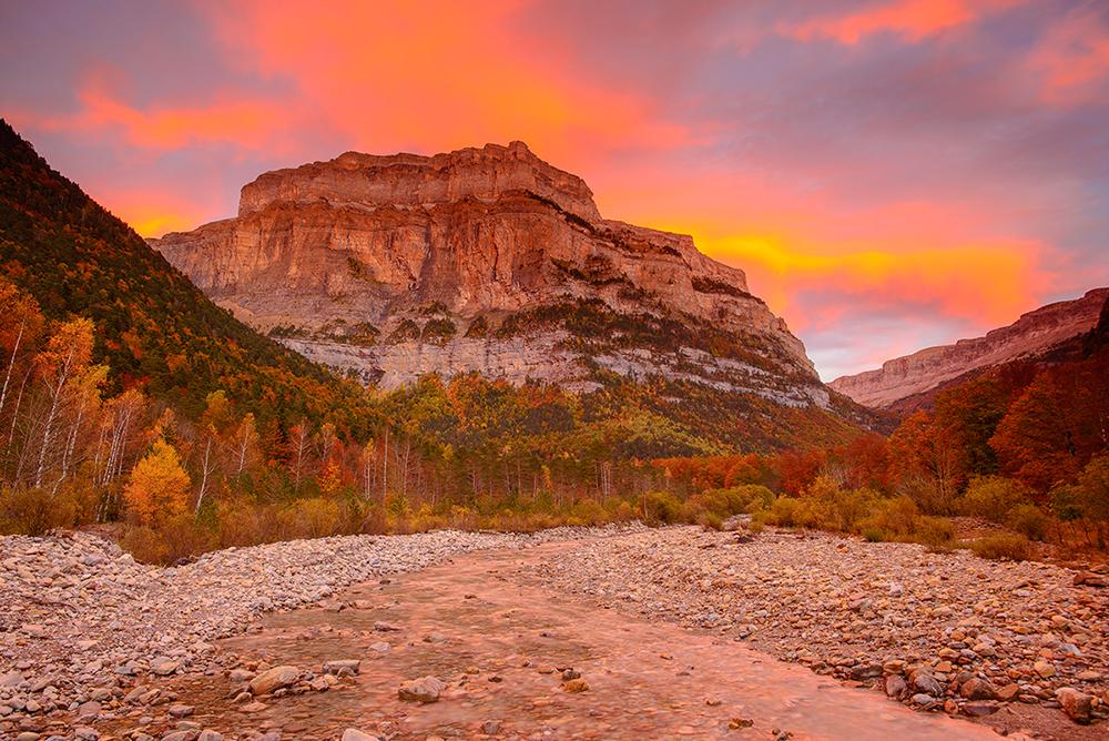 Valle de Ordesa, Pirineo de Aragón - Luces de montaña - juanjo sierra, nature & travel photographer