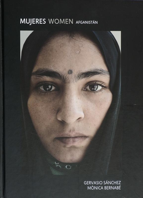 Gervasio Sanchez-Mujeres Afganistan - fotógrafos - Visión Natural, fotografías de Koldo Badillo
