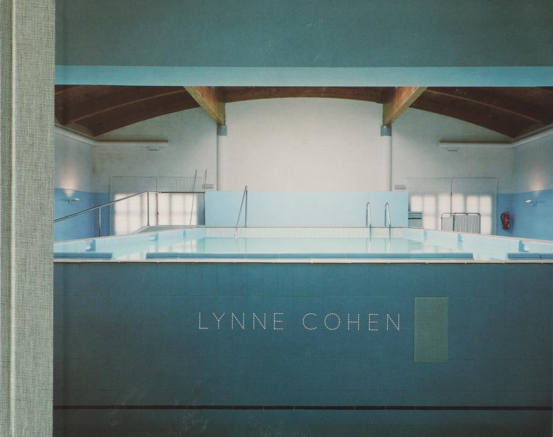 Lynne Cohen- Fundación Maphre - fotógrafos - Natural Vision, photographs of Koldo Badillo