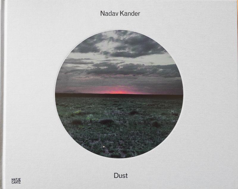 Nadav Kander-Dust.jpg - fotógrafos - Visión Natural, fotografías de Koldo Badillo