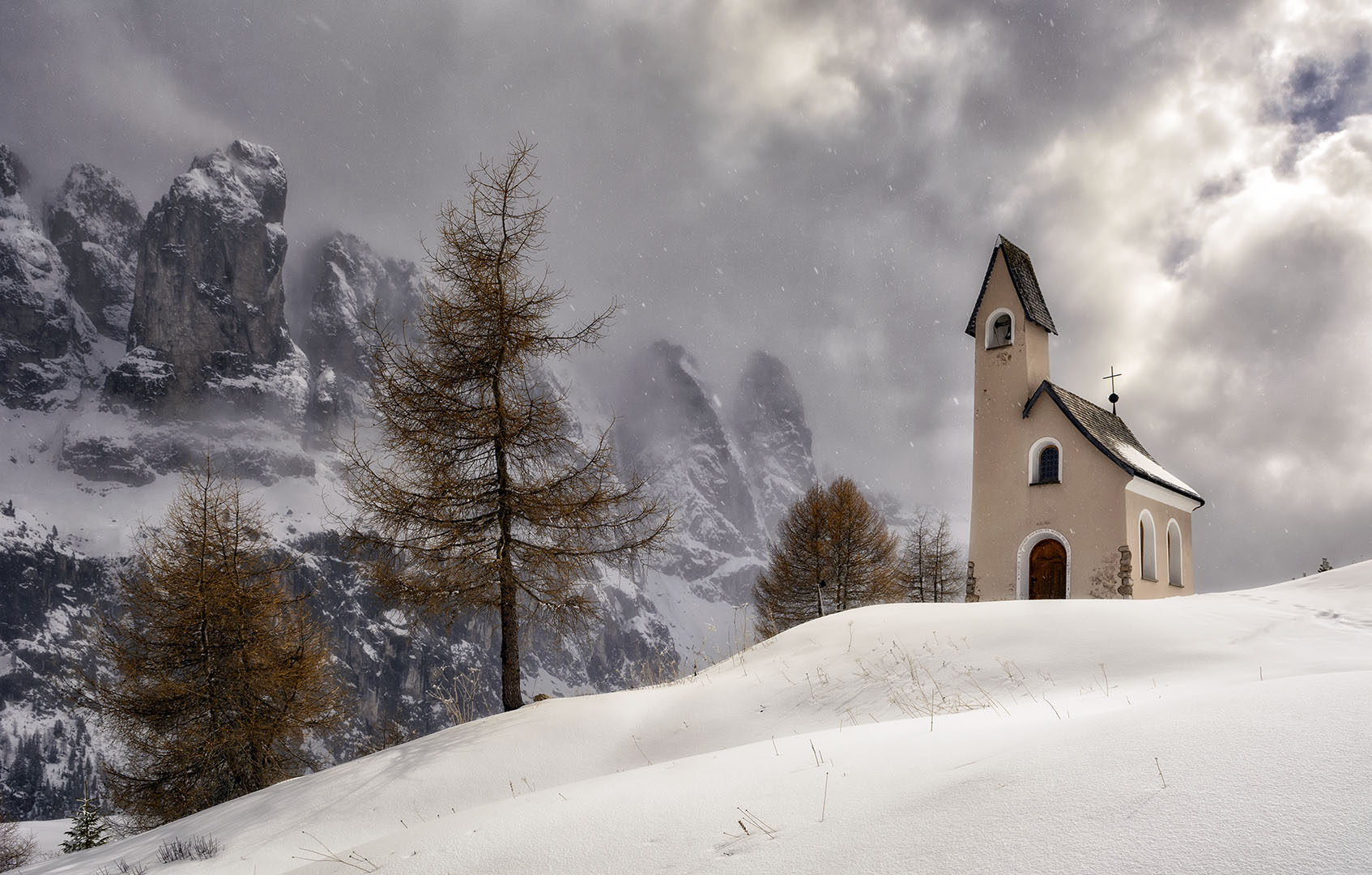 La ermita de las nieves - Archivo - Iñaki Larrea, Fotografía de naturaleza y montaña