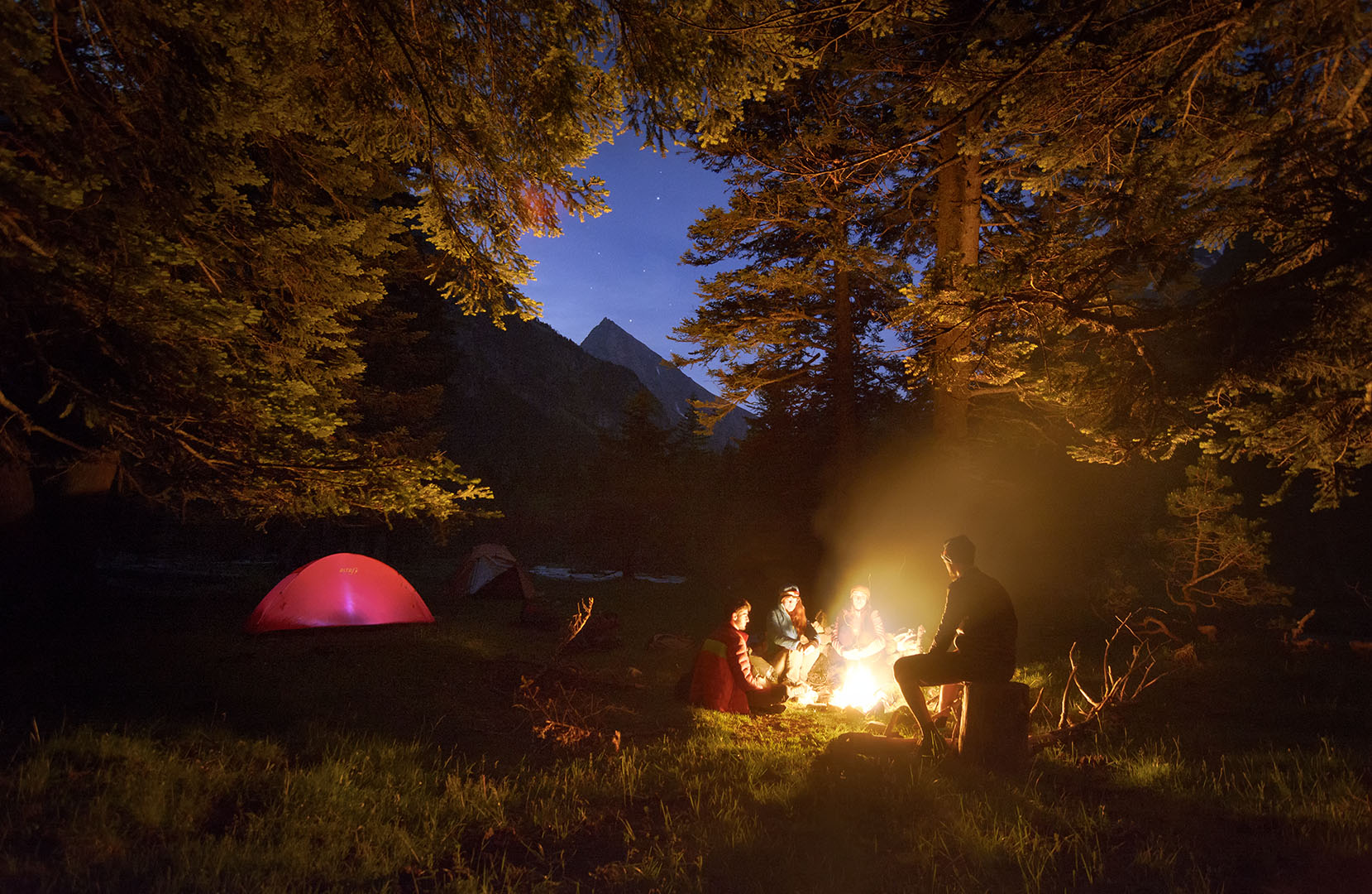 al abrigo de la noche - Deportes y aventuras - Iñaki Larrea, Fotografía de naturaleza y montaña