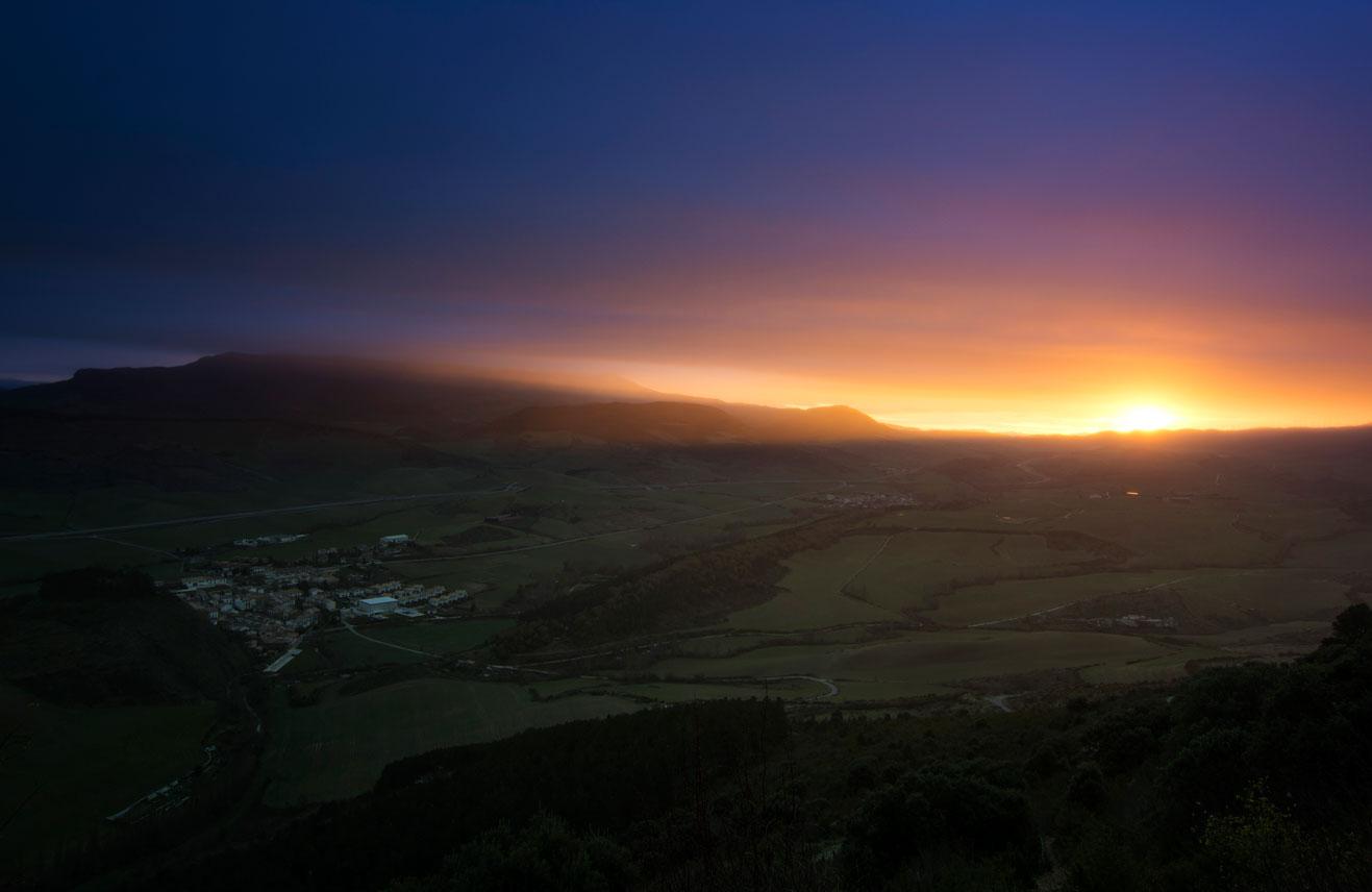 Crepúsculo - Archivo - Iñaki Larrea, Fotografía de naturaleza y montaña