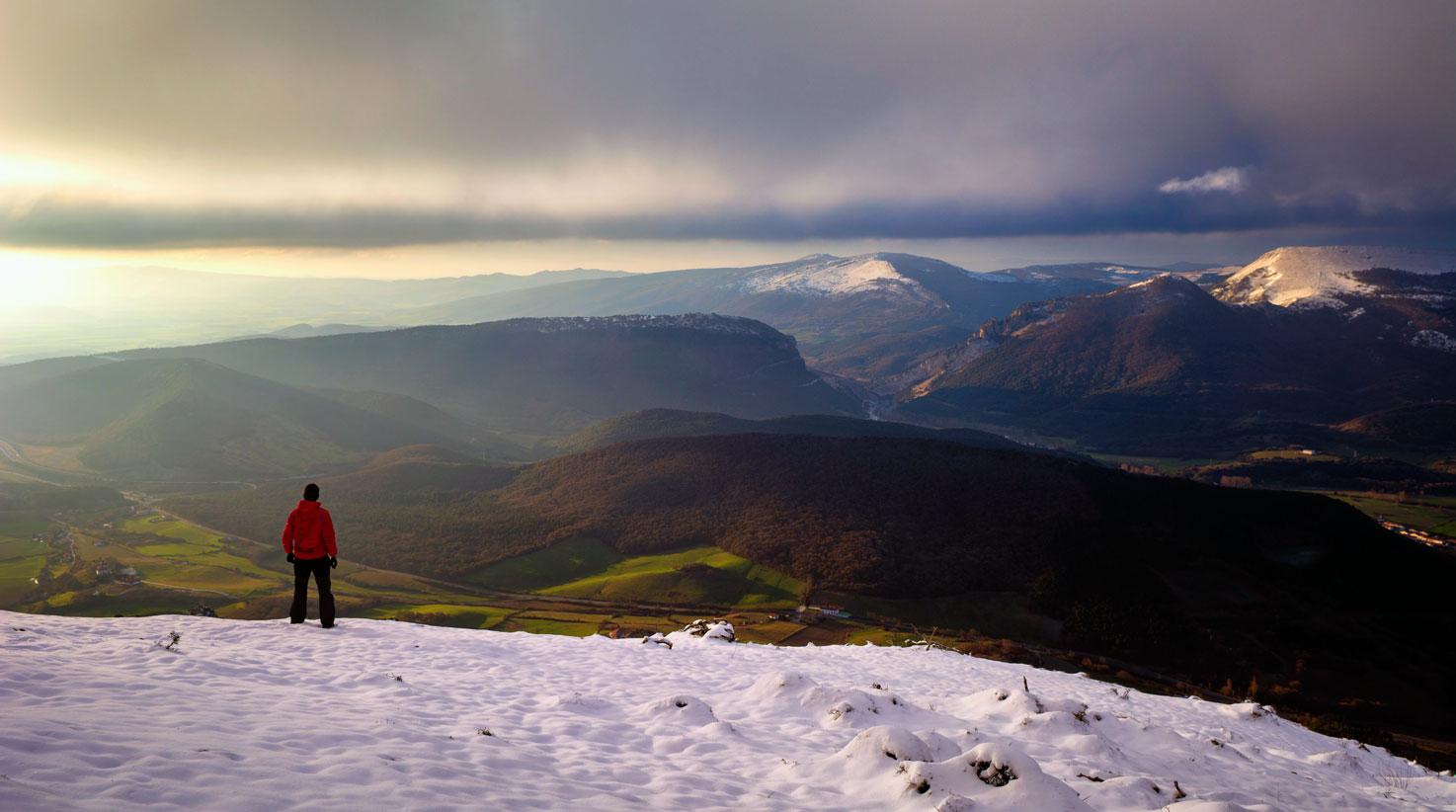 Observando las primeras luces - Deportes y aventuras - Inaki Larrea, Nature and mountains Photography