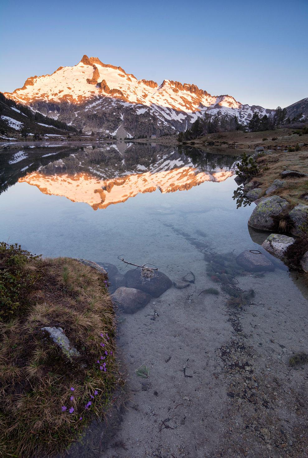Reflejos de granito y nieve, Neuvielle - Archivo - Iñaki Larrea, Fotografía de naturaleza y montaña