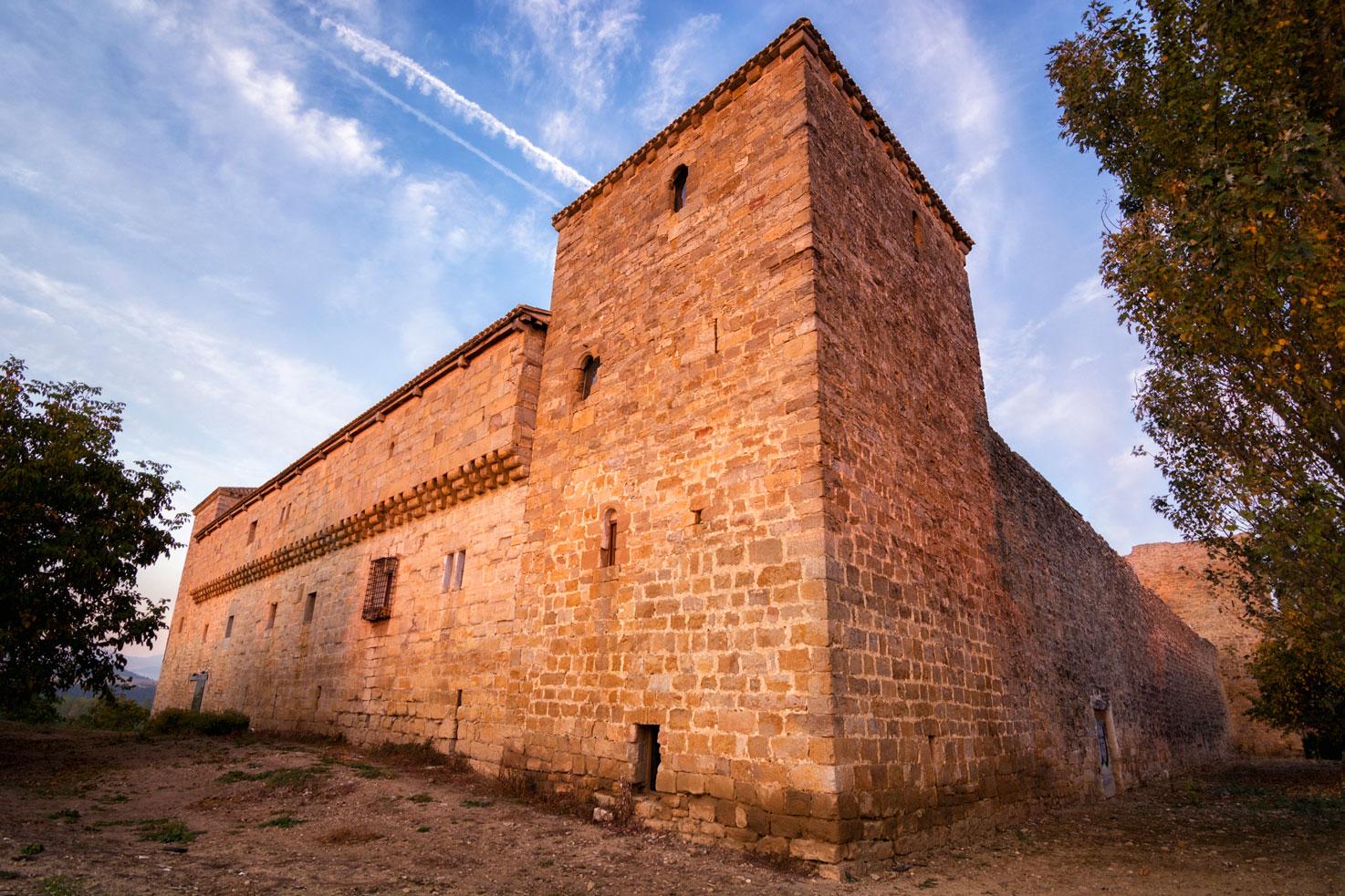 El último bastión, Palacio Arazuri, Navarra. - Archivo - Iñaki Larrea, Fotografía de naturaleza y montaña