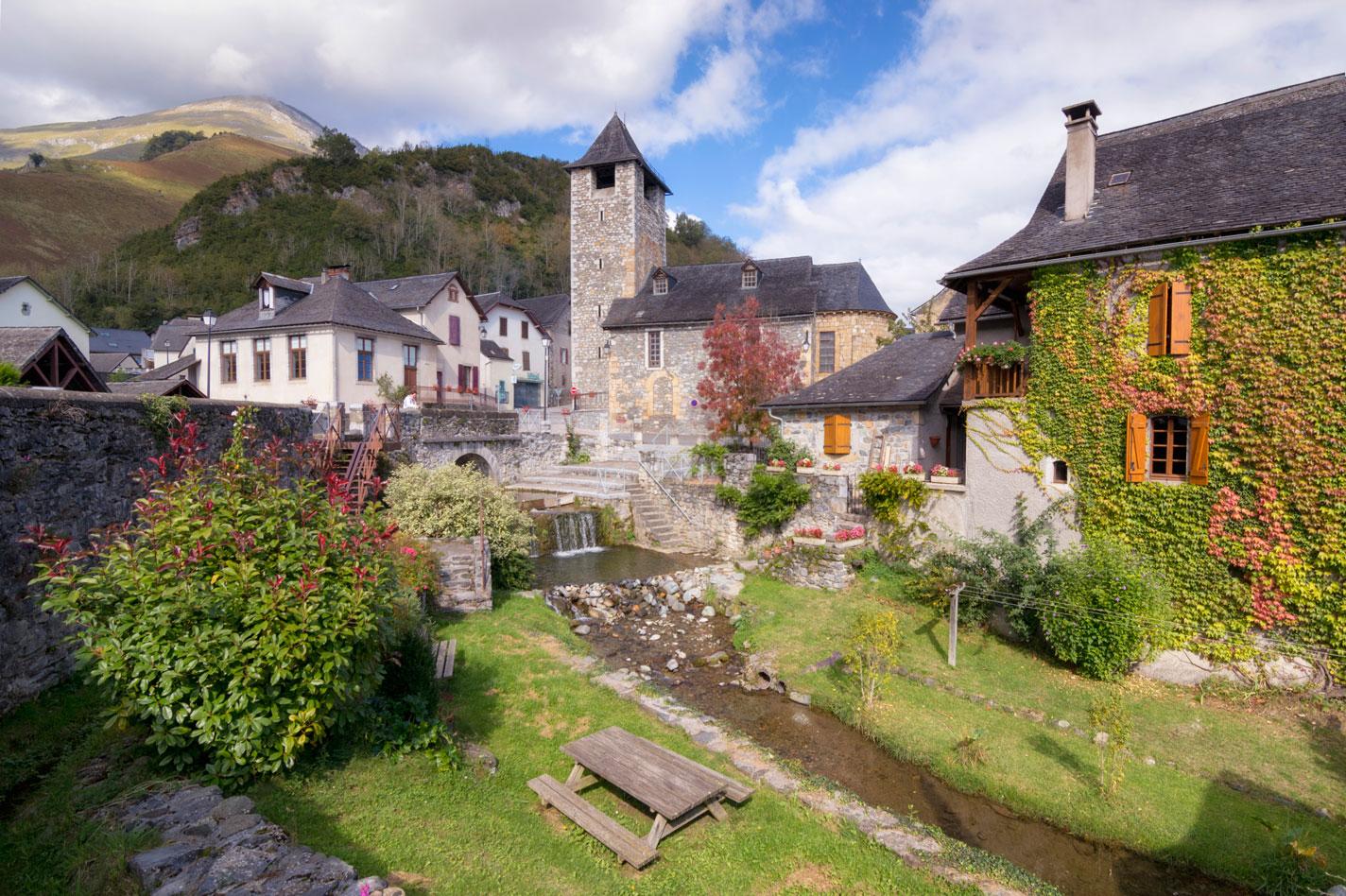 Osse en Aspe, France. - Archivo - Iñaki Larrea, Fotografía de naturaleza y montaña
