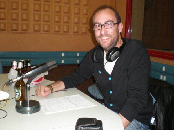 Debut de Mr.Almendros - Fotos - Las Partículas Elementales, Programa de radio de música independiente y alternativa