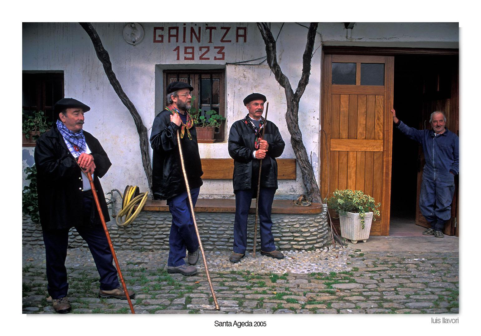 07 - Santa Agueda - Luis Llavori , Fotografía