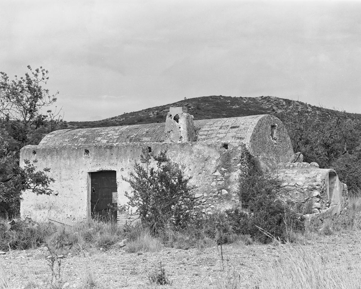 Irta. Caseta de volta nº 1 vora la Capelleta St Antoni  - Les Casetes de Volta del Baix Maestrat - LLUIS IBAÑEZ MELIA, Geografies als Ports Maestrat
