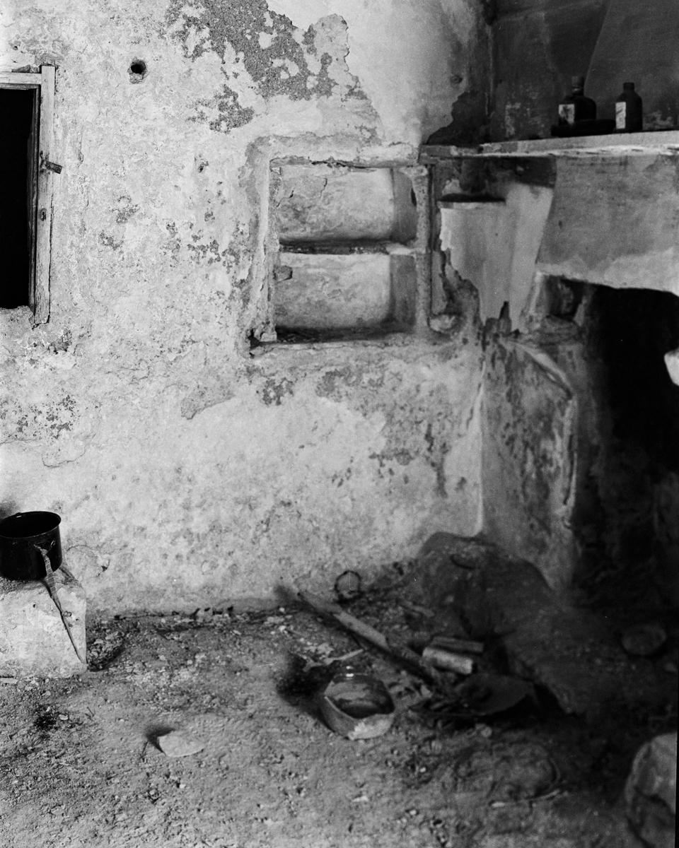 Irta. Caseta de volta nº 2 al Clot de Maig - Les Casetes de Volta del Baix Maestrat, habitatges temporers - LLUIS IBAÑEZ MELIA, Geografies als Ports Maestrat