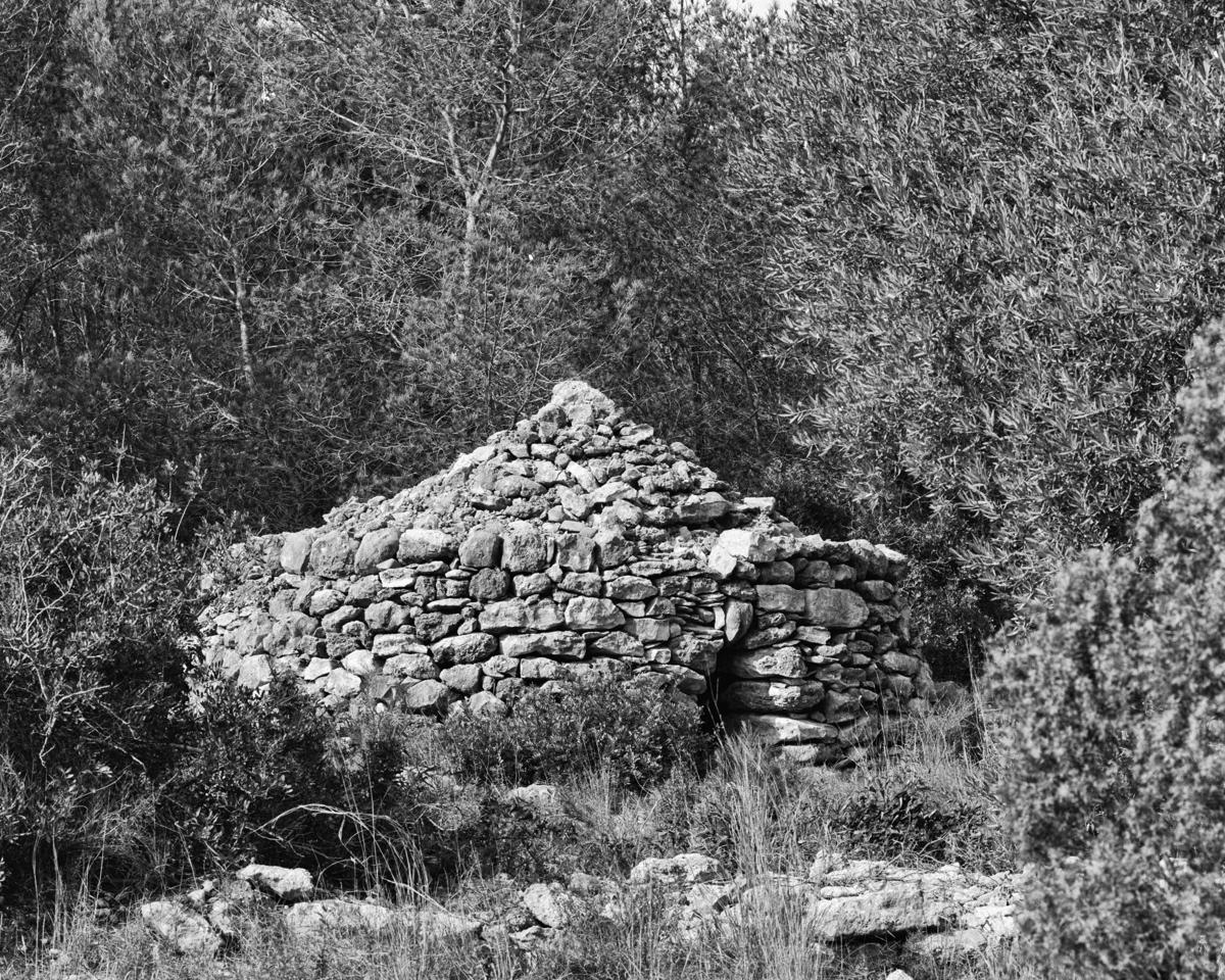 Irta. Pou al Clot de Maig - Les Casetes de Volta del Baix Maestrat - LLUIS IBAÑEZ MELIA, Geografies als Ports Maestrat