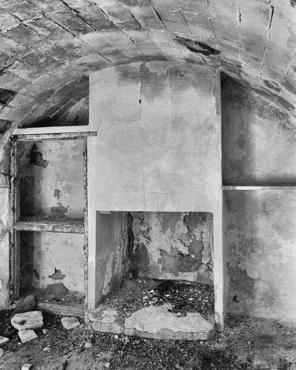 Irta. Caseta de Volta nº 2 vora la Capelleta de St Antoni  - Les Casetes de Volta del Baix Maestrat, habitatges temporers - LLUIS IBAÑEZ MELIA, Geografies als Ports Maestrat