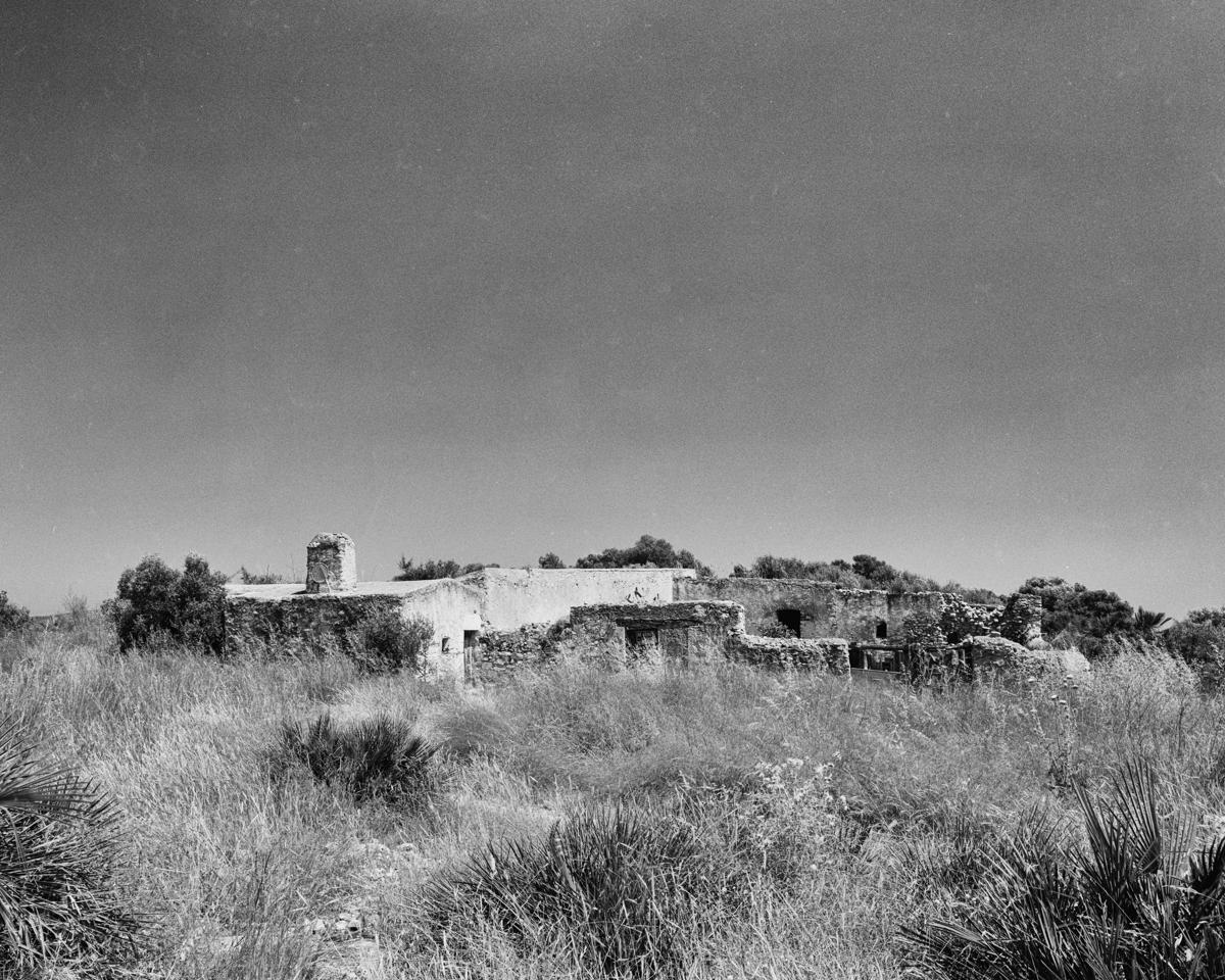 Peniscola. Caseta de Volta del Mas Blanc - Les Casetes de Volta del Baix Maestrat - LLUIS IBAÑEZ MELIA, Geografies als Ports Maestrat