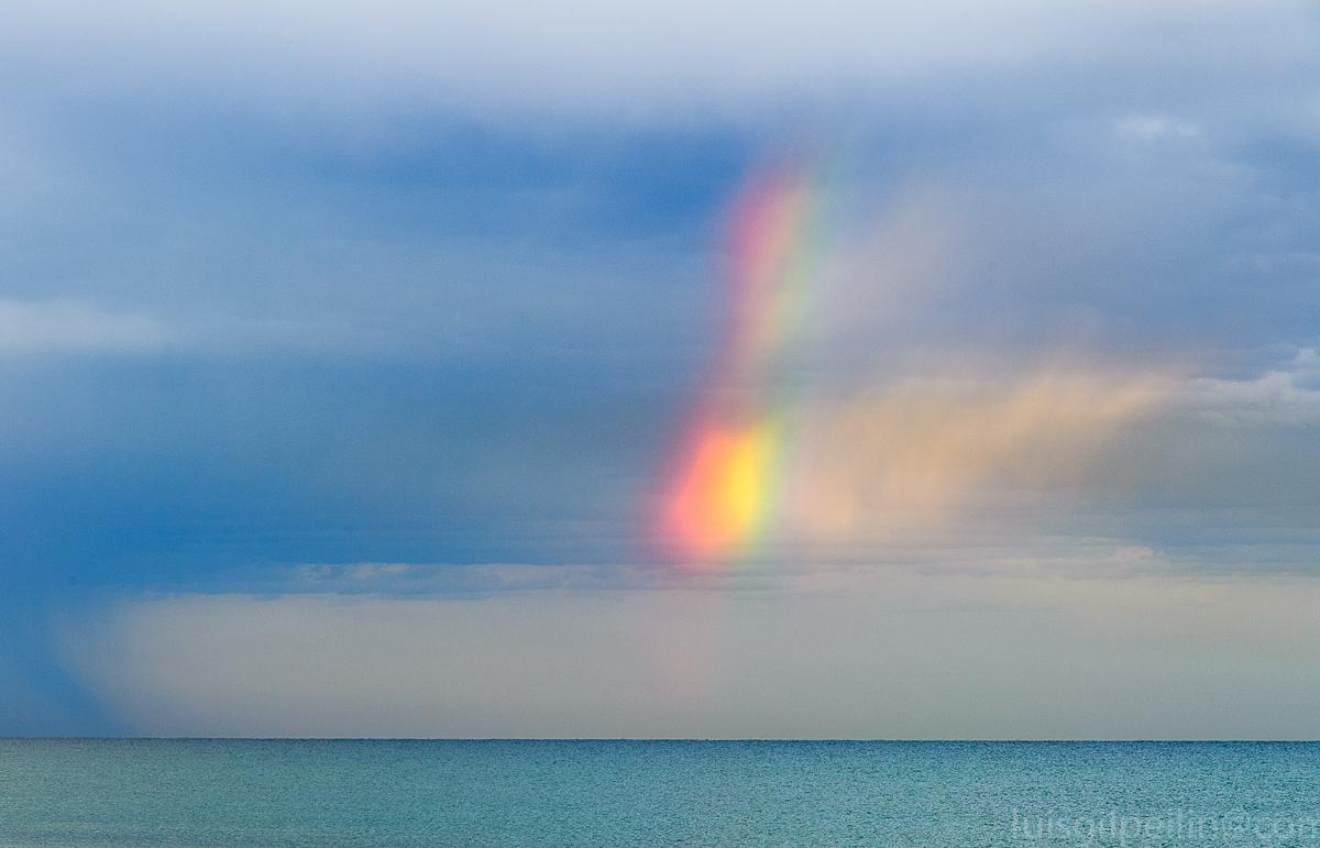 Arco iris en el mar - Buscando la luz - Luis Antonio Gil  Pellín , Fotografia de naturaleza