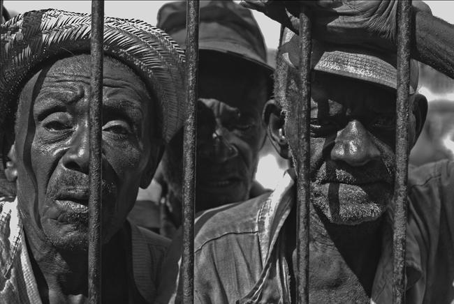 VUDÚ B/N Africa espiritual - VUDÚ EN HAITI  LUIS GABÚ ARTE