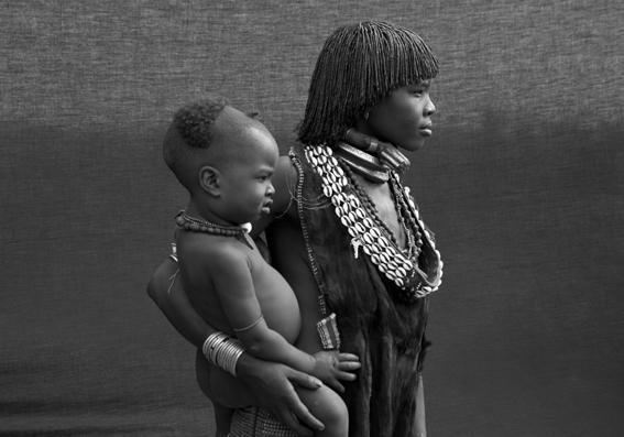 MATERNIDADES, Africa Espiritual - LUIS GABÚ, Arte