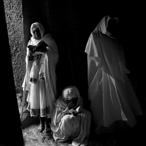 CRISTIANOS PUROS DE AFRICA. Africa Espiritual - LUIS GABÚ  CRISTIANOS PUROS DE AFRICA - AFRICA ESPIRITUAL