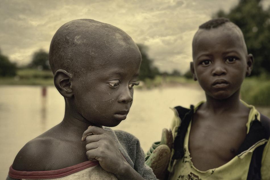 Pequeños pescadores. - Burkina Faso - MVilches , Fotográfia