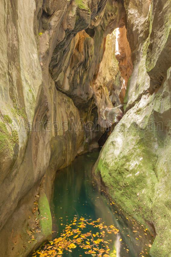 Garganta del torrent del Gorg Blau, 'Sa Fosca'. Sierra de Tramuntana, Mallorca - Tramuntana, una Isla dentro de otra - Tramuntana, una isla dentro de otra